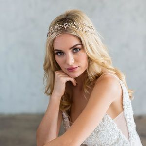 brides&hairpins Gia Double Banded Halo Hairpiece